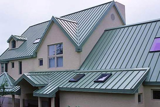 ROOFING MATERIALS TO CONSIDER IF YOU ARE BUILDING A HOUSE