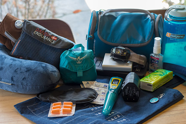 Travel Essential: 10 Things That You Should Bring Along